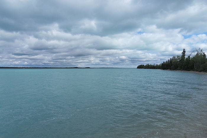 Little_Limestone_Lake---Wikimedia