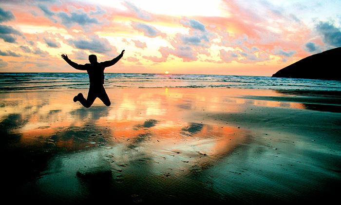 blog-beach-jump-full